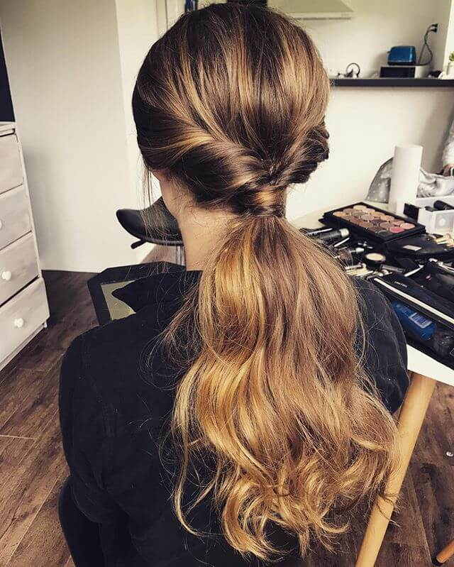 The Classically Fabulous Flipped Ponytail Haircut